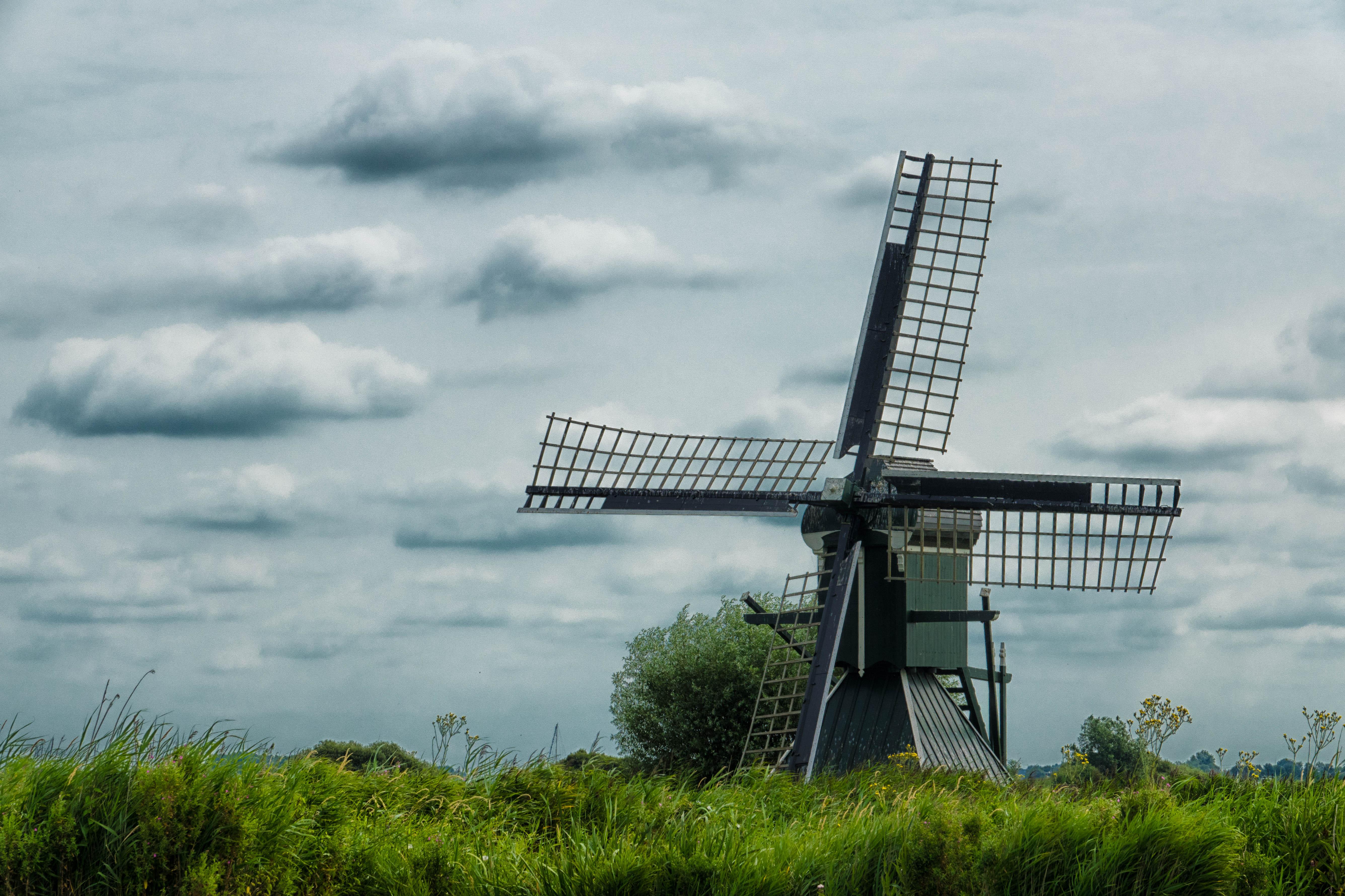 WM-Fotografen, molen in de friese polder